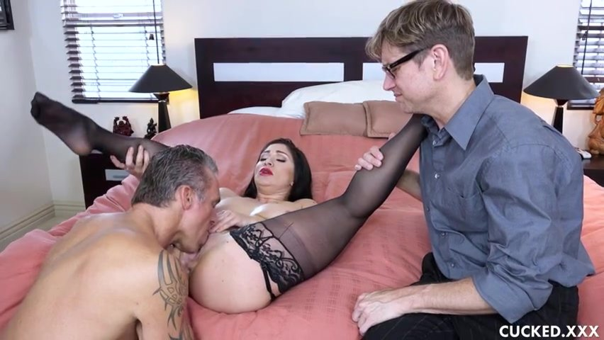 Wife Fucks Her Ex Husband