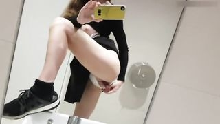 Phone hacked and her private pictures leaked! My slut wife makes a selfie for her lover