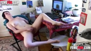 Brunette wife home alone she masturbating front of her computer