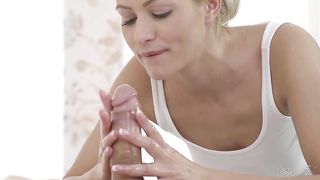 Blonde's secret urges - father daughter porn