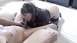 Sexy hotwife giving schlong some peculiar fellatio loving using her glamorous throat