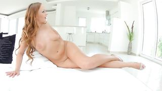 Chubby beauty wife opens wide and shows how much she loves to masturbate