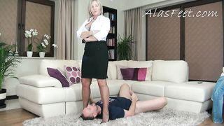 Slut Mom! Femdom masturbation session