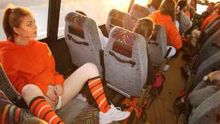 My college girlfriend masturbates on the bus while I film her