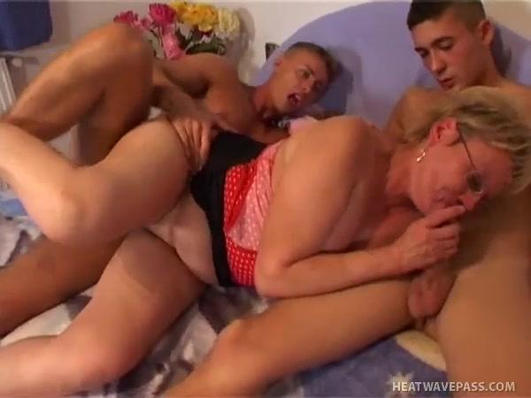 Cheating Cum Inside Pussy