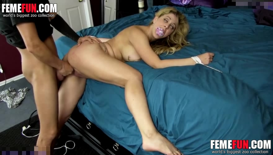 horny mom son free porno videos