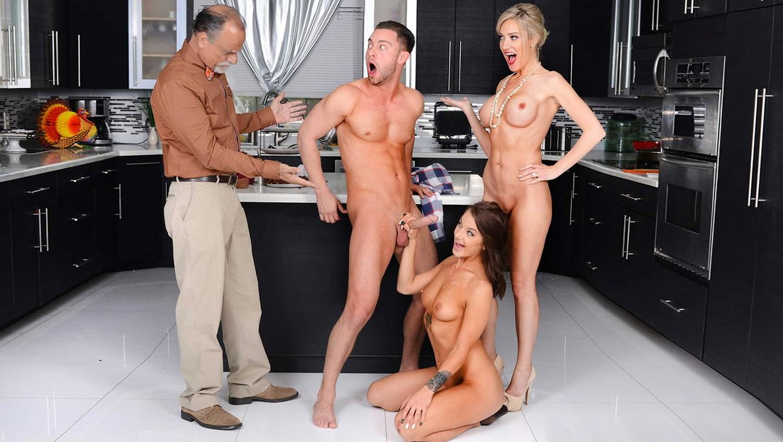 Sexy girl brings her new boyfriend to her dad's place for Thanksgiving! -  XXX FemeFun
