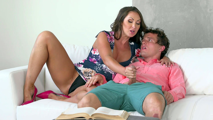 Spanking babe in breast