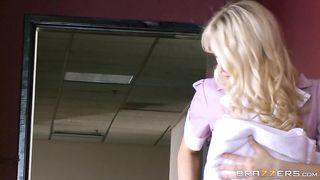 Hotel maid caught by sucking son's piston