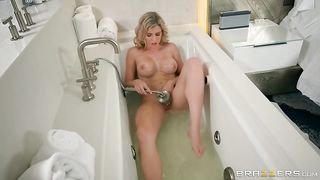 [ Mom masturbation ] Milf shows how much she loves her pussy being stimulated in a long show