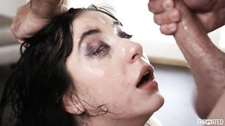 Hot round of kissing then a blowjob with a sticky facial