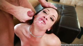 Shooting his thick, steaming cum straight in to this brunette's mom craving mouth
