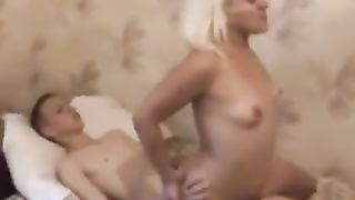 Slutty mom sucking cock of her son before he sprays a massive load