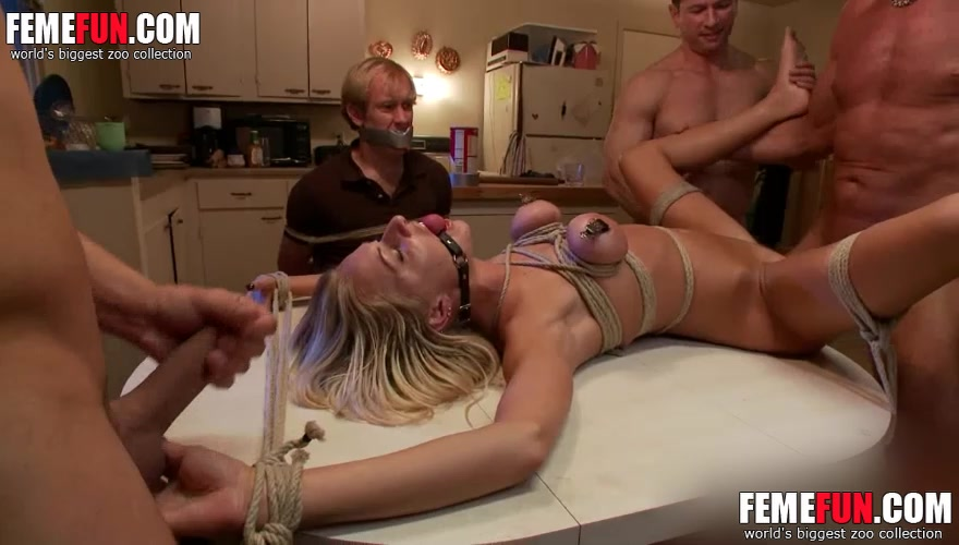 Hot wife pussy tits