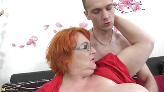 Son impregnates mom after spraying a huge cum load inside her wet cunt