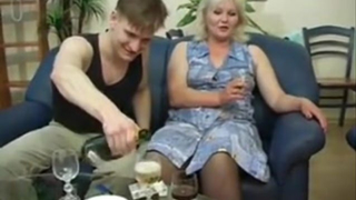 Drunk mom fucks son and enjoys that kinky play with her boy till cumshot