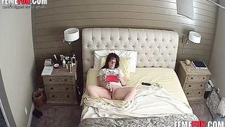 Nude Mom masturbates XXX Sex - Hacked Ip Camera
