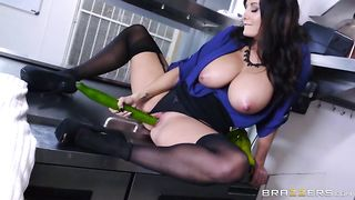 Jezabel pierces her pussy with vegetables all over the kitchen floor with a cucumber