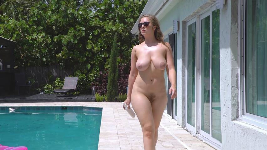 Sexy big boobs wife