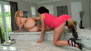 Lezzie brunette laps up her girlfriend's pussy in all the right places