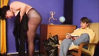 Slutty mother makes her son crave for her pussy and gets banged in a real incest vid
