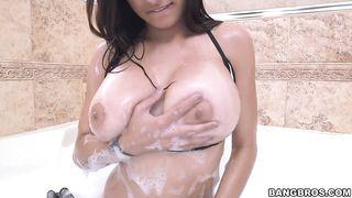 Mia Khalifa Bikini Porn Video
