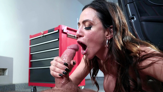 Hot incest sex in garage culminates for Latina mom with facial cumshot