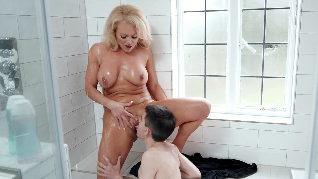 Hot blonde mom catches curious son and wants to taste incest ...