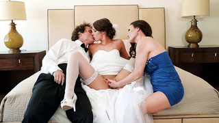 Stud joins bride and mom in time for unforgettable incest threesome