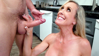 Boy impales and facializes comely mom during incest fun in kitchen