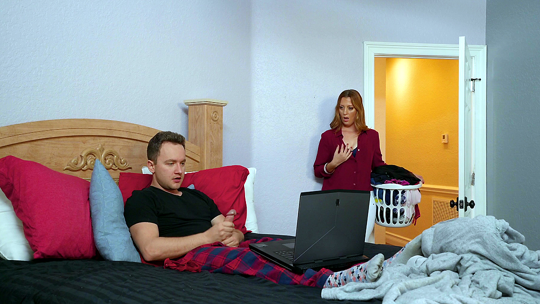 Amateur Wife Watches Husband