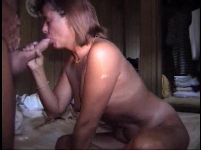 Fuckable moms at milf