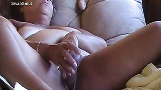 New York bbw wench using her toys for her pleasure