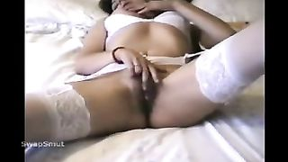 HOMEMADE DILDO TO ORGASM